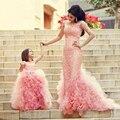 2016 Doce Laço Cor de Rosa Flor Meninas Vestidos Para Casamentos vestido de Baile Ruffles Tulle Sheer Preço Barato Formal Vestido de Primeira Comunhão
