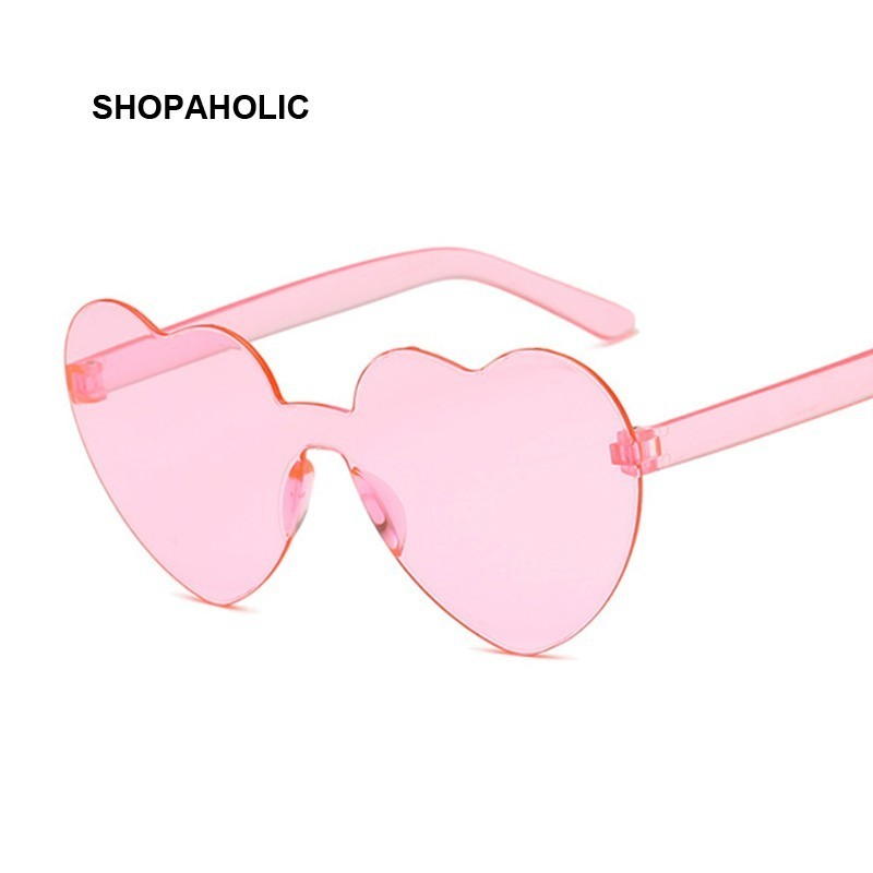 New One Piece Love Heart Lens Sunglasses Women Transparent Plastic Glasses Style Sun Glasses Female Clear Candy Color Lady