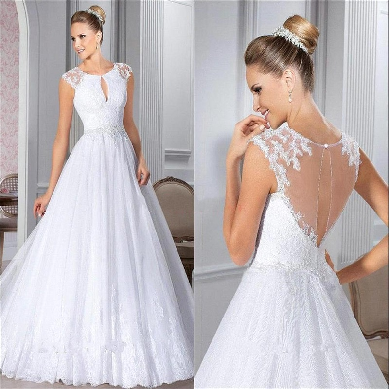 Sexy White Ball Gown Wedding Dress Sleeveless  Lace Appliques Bridal Dress 2016 New Arrival