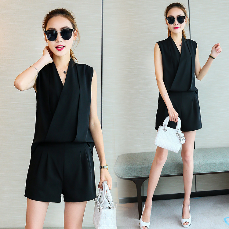 81abb4e4798 Women Clothing Set Shorts Suits Summer Outfit New Two Piece Chiffon Blouse    Wide Legged Short Pants Korea Fashion Jumper S XXL-in Women s Sets from  Women s ...