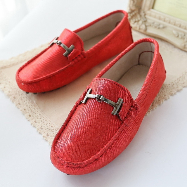 2017 Women Flat Shoes Breathable Moccasins Women's Genuine Leather Fashion Loafers slip on driving shoes Woman casual Shoes