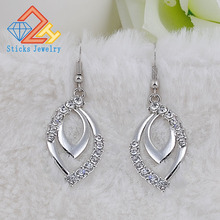 (1 Pair / Lot) 100% Zinc Alloy Plated White K Lady Earrings