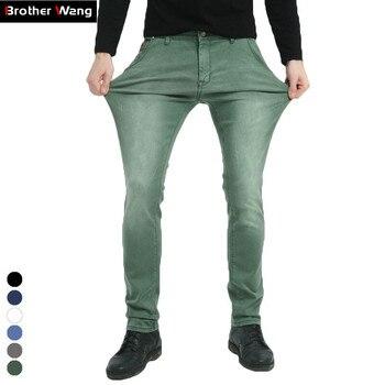 cdf4516956647 Hermano Wang marca 2019 nuevos hombres elástico Jeans moda Slim Skinny  Jeans pantalones casuales pantalones de Jean Hombre Verde Negro azul
