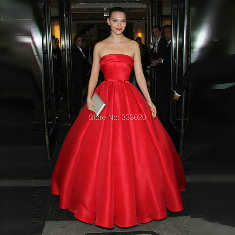 Model Arizona Muse Met Gala Red Carpet Haute Couture Strapless ...