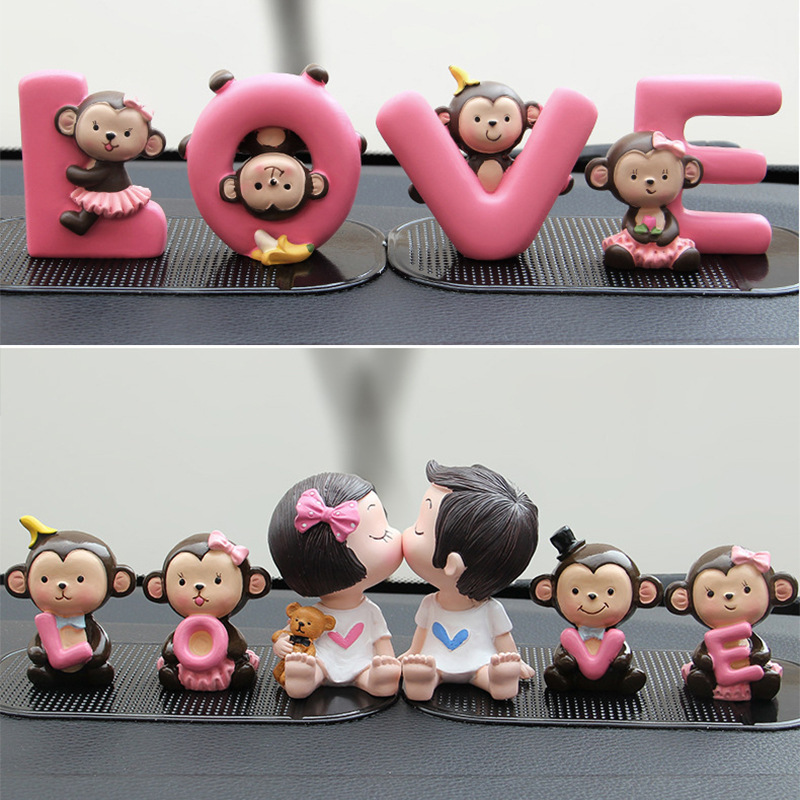 1 Set Car Decoration dolls Cartoon Kiss Baby Ornaments Lovely monkey loves Banana Monkey toys fashion Car Interior Accessories