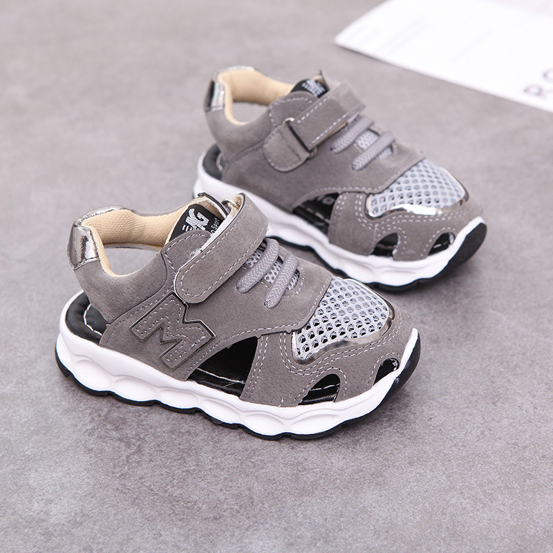 2017 European high quality hot sales baby casual shoes hot sales cool girls boys shoes summer/Spring lighting baby kids sneakers