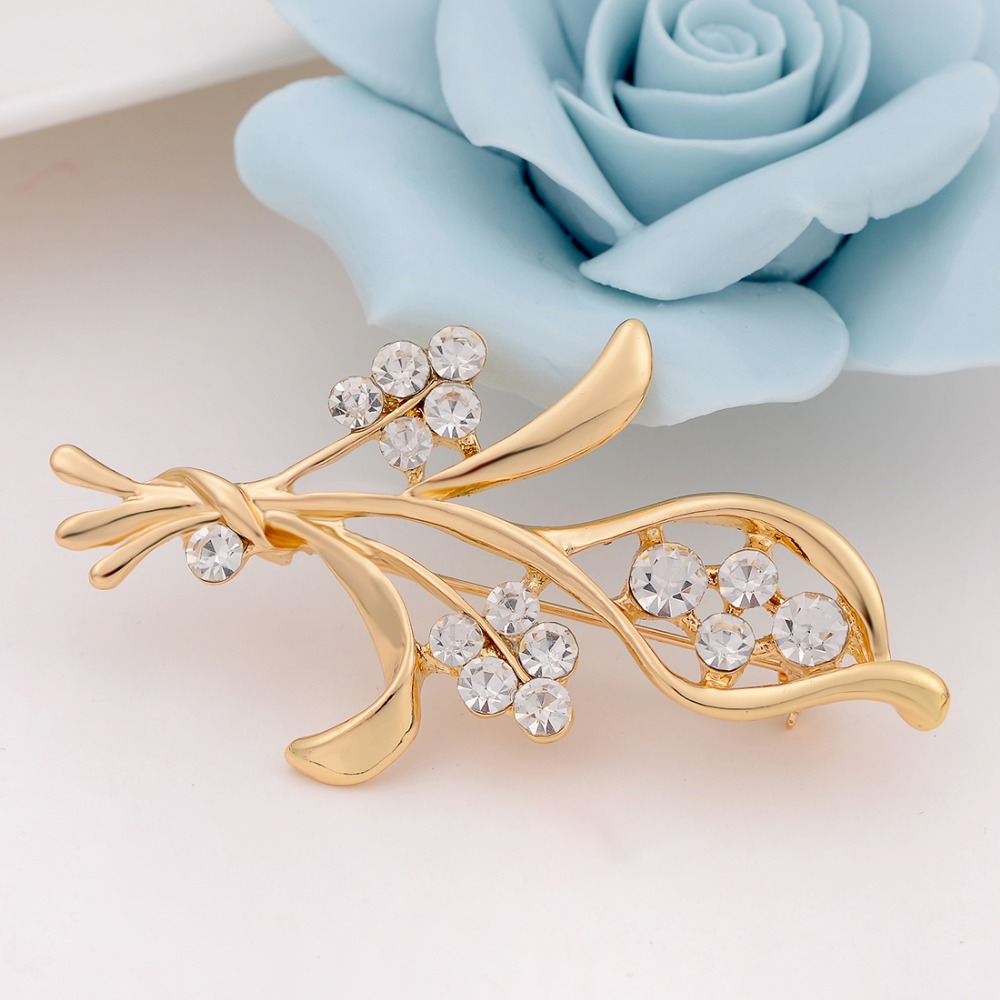 Romantic Flower Brooches for women Wedding and party dress ...