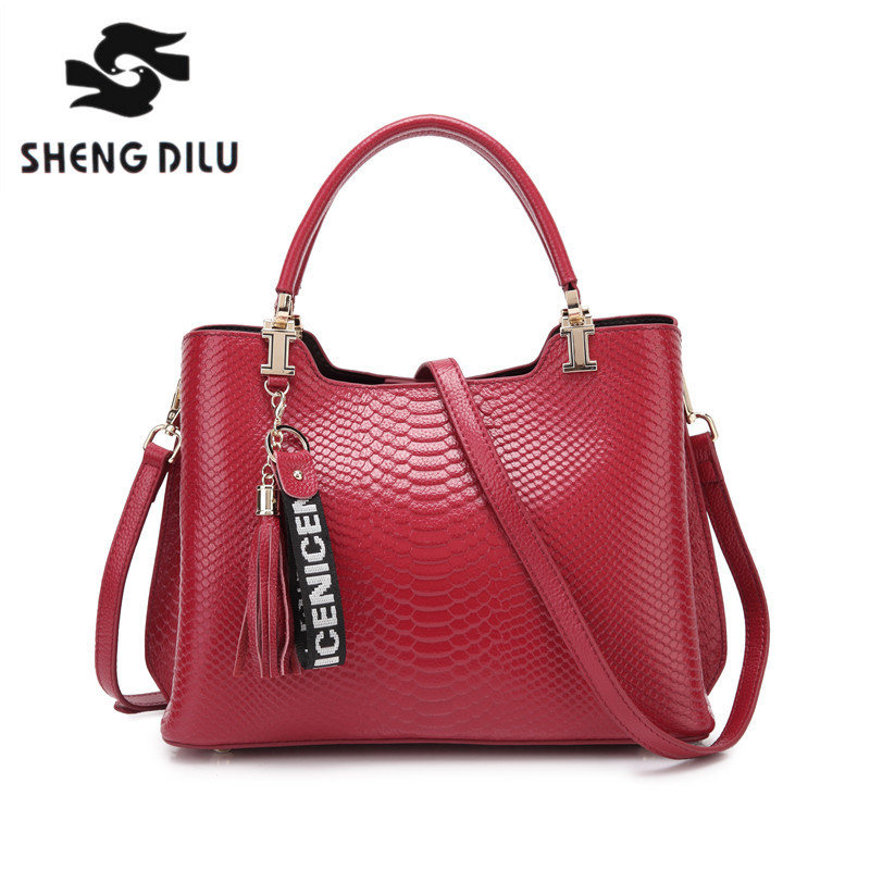 SHENGDILU brand 2018 new 100% genuine leather shoulder bagwomen cow leather handbag bolsa feminina free Shipping elegant serpentine pattern handbag shengdilu brand 2018 new women genuine leather tote shoulder messenger bag free shipping