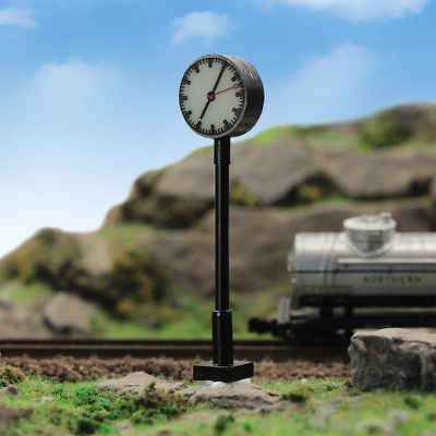LQS62HO 3 sztuk Model Railway 1: 87 światła świeci platformy HO skala lampa z zegarem stacji kolejowej układ