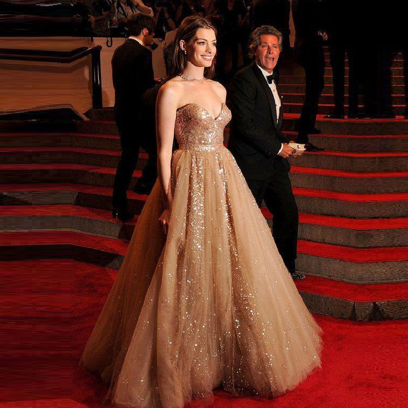 2016-Hot-Champagne-Red-Carpet-Anne-Hathaway-Celebrity-Dresses-Sweetheart-A-line-Organza-Sequins-Evening-Dresses (2)