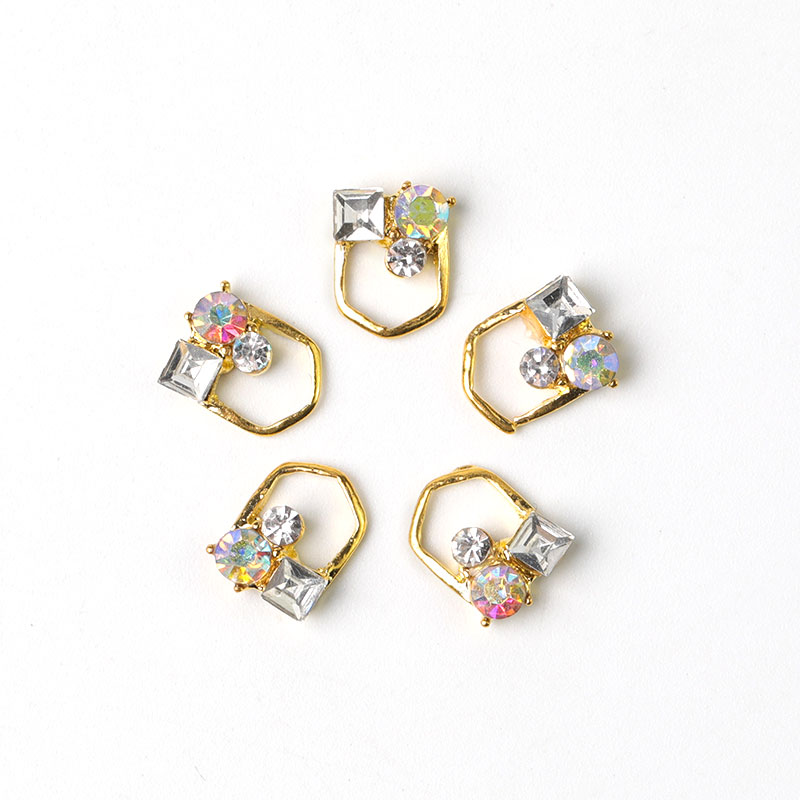 10Pcs New 2019 Glitter Pearl with Rhinestones Alloy Metal 3D Nail Art Decoration Charms Studs Nails 3d Jewelry in Rhinestones Decorations from Beauty Health
