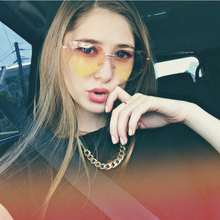 RBUDDY Heart Shaped Sunglasses 2017 Retro Round UV400 lens Women fashion Brand Designer lover sun glasses Oculos De Sol Female