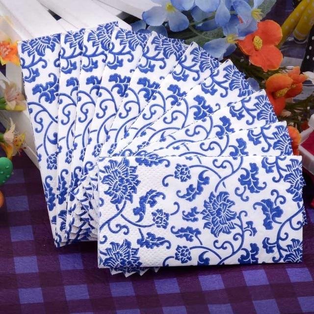Bruidstaart Van Toiletpapier.Us 4 0 Kleine Toiletpapier Servet Papier Gedrukt Blauw Wit Porselein Zakdoek Bruiloft Servetten Verjaardagsfeestje Thuis Decoratie In Kleine