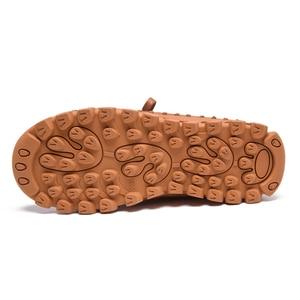 Image 5 - עור אמיתי נעלי נשים מגפי 2020 סתיו חורף אופנה בעבודת יד קרסול מגפי חם רך חיצוני מזדמן שטוח נעלי אישה