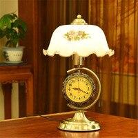 Ретро металлическое основание цветка абажуром настольной лампы гостиная спальня ночники моды часы декоративные настольная лампа светильн
