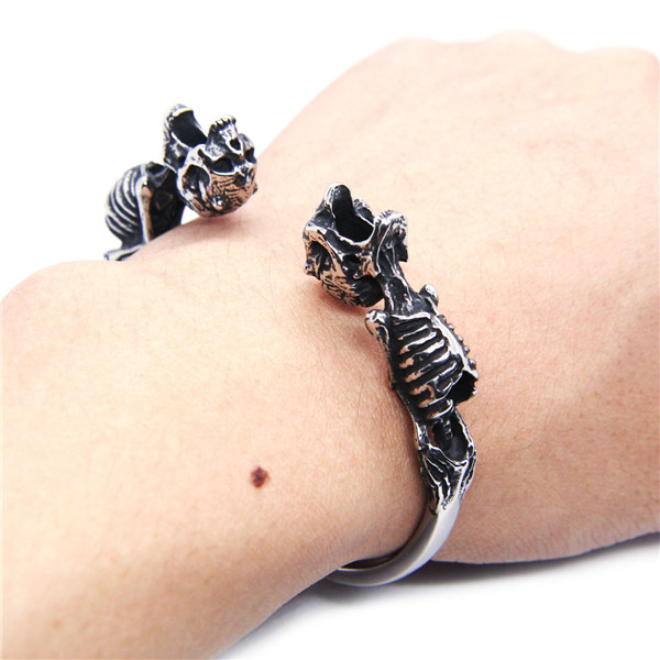 Diameter: 7cm Ghost Skull Bangle Bracelet 316L Stainless Steel Polishing Top Quality Biker Skull Bracelet bracelet