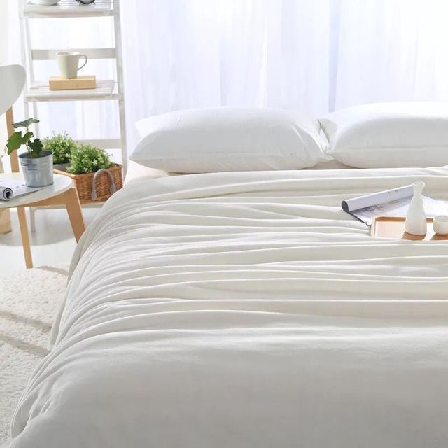 White bed sheets background Silk Clothes White Throw Blanket Bed Sheet Solid White Color Photo Backgrounds Photography Background Fleece Flannel Blankets150x230cm Aliexpresscom White Throw Blanket Bed Sheet Solid White Color Photo Backgrounds