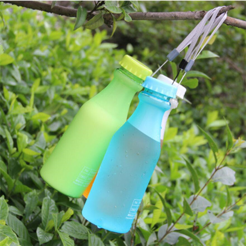 Hot Sale 550ML Candy Colord Portable Leak-proof Water Bottle Sport Unbreakable Plastic Lemon Juice Cup Drinkware