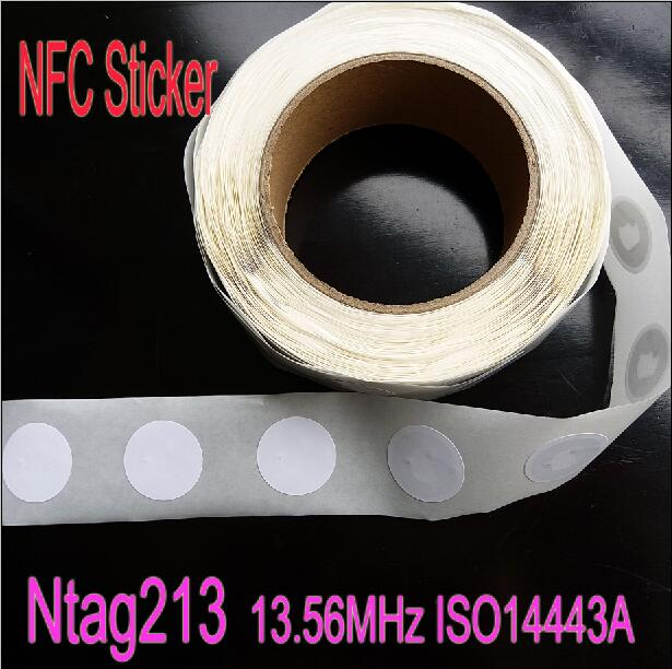 20pcs/Lot Ntag 213 NFC Tag 13.56MHz ISO14443A Ntag213 Sticker Universal Lable RFID Tag Diameter 25mm for all NFC enabled phones waterproof nfc tags lable ntag213 13 56mhz nfc 144bytes crystal drip gum card for all nfc enabled phone min 5pcs