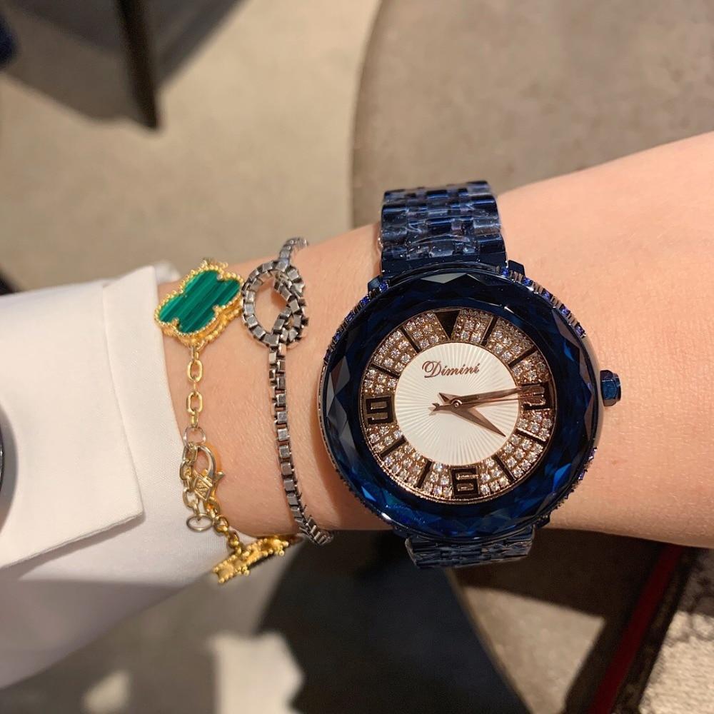 Moda Noble Azul As Mulheres Se Vestem