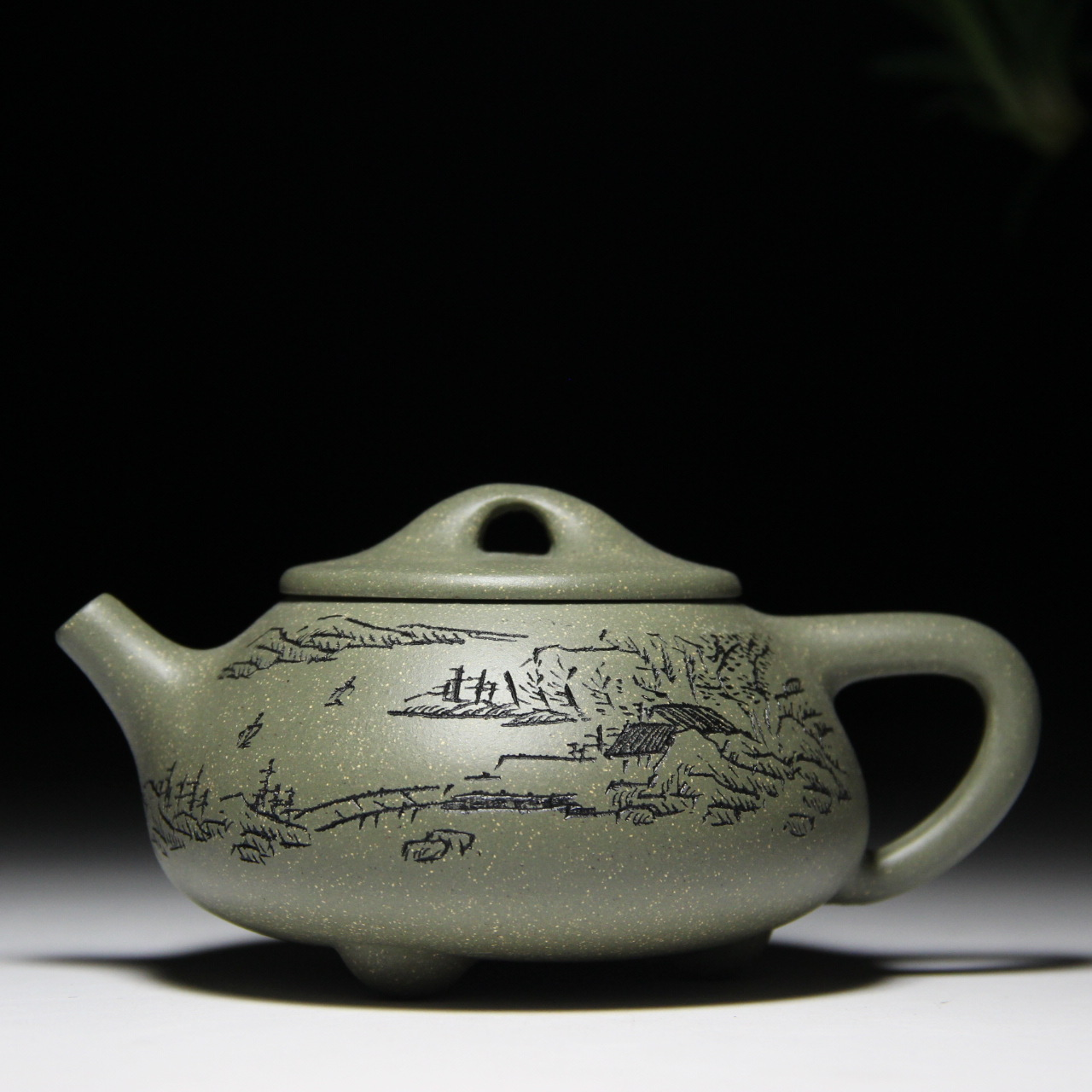 Landscape painting shipiao pot 180 cc ore section of the mud Yixing quality goods are recommended