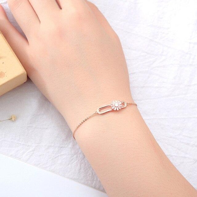 Женский браслет с фианитами цвета розового золота цепочкой Ювелирное