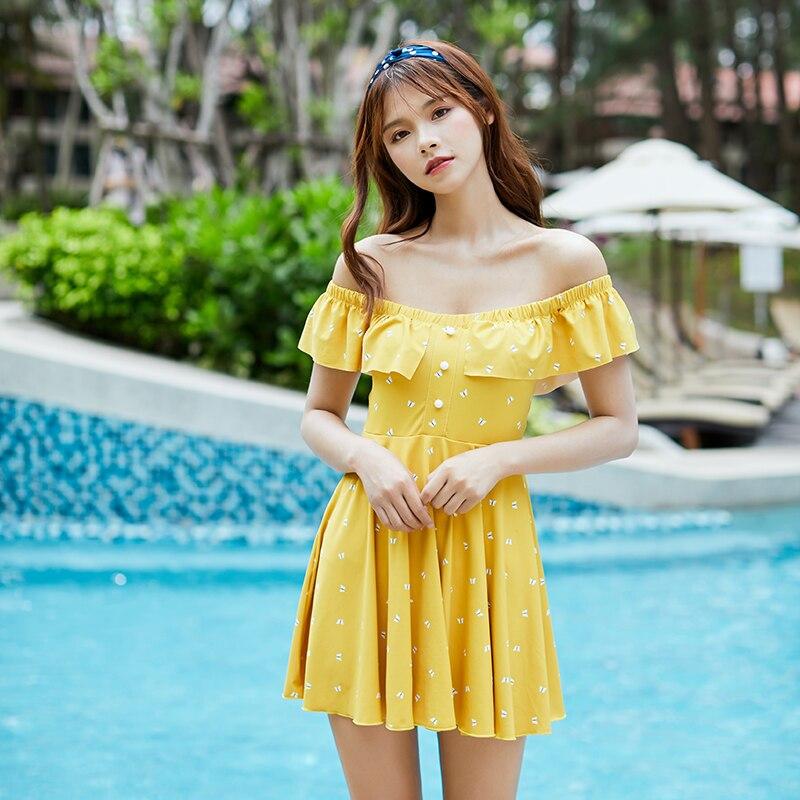Sexy Yellow Butterfly Print Swimwear 2019 New Arrival Button Ruffle Beautiful Skirt One piece Swimsuit Beach Women Bathing Suits