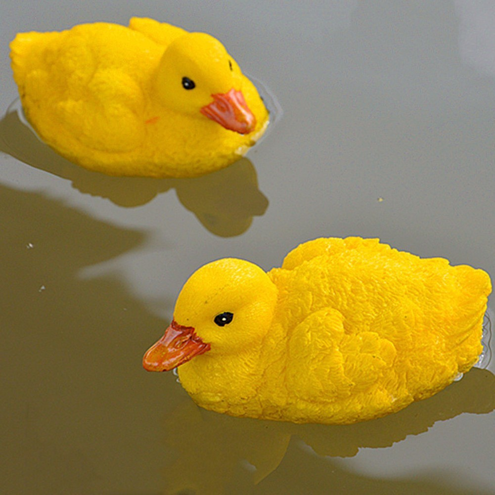 2 Pcs Artificial Floating Resin Yellow Ducks For Pool Lawn Home Garden Decoration Simulated Ornament