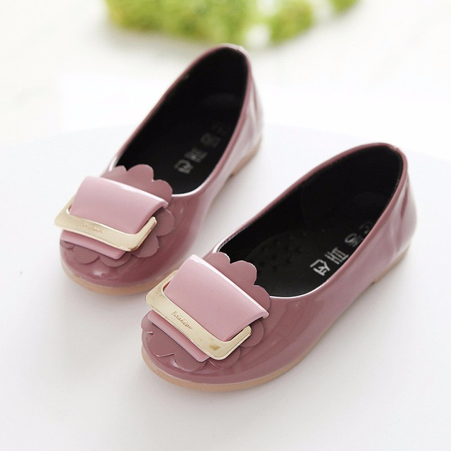 New fashion Spring Autumn Children design Leather Shoes Kids Party Shoe  Girls Princess Single Flat red pink Colors casual Shoes 39e7333016fb
