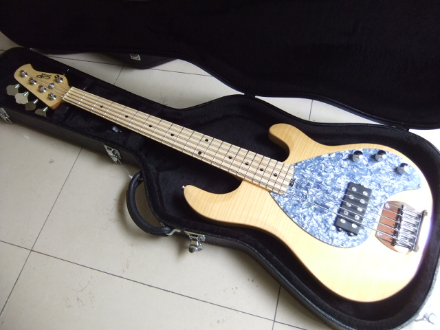 wholesale musicman electric bass guitar 5 string bass in natural 100806 price not include the. Black Bedroom Furniture Sets. Home Design Ideas