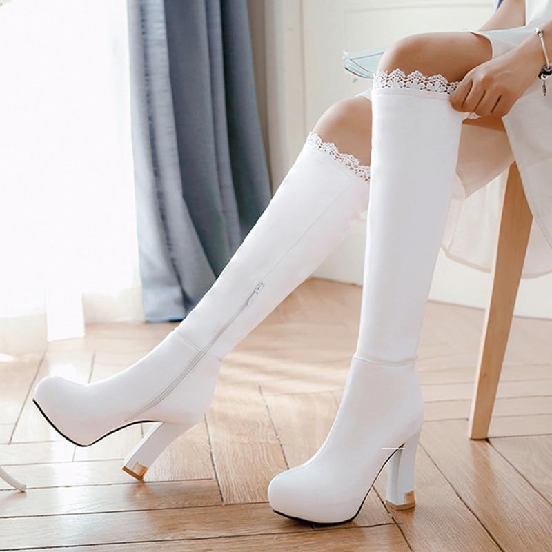 S. الرومانسية النساء على الأحذية في الركبة بالاضافة الى حجم 34 43 الكعوب العالية مربع الإناث مضخات مكتب الأزياء امرأة الأحذية أسود أبيض SB157-في بوت للركبة من أحذية على  مجموعة 1