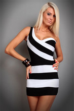 Femmes Blanc et Noir Bande Patchwork Une Épaule Moulante Bandage Dress Mujer Femme Robe Sexy Night Club Mini Robes
