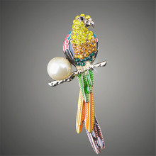 Wonderful Womens Broches Animal Quality Gold color Cute Parrot Brooches dual-use accessories Gift X00127