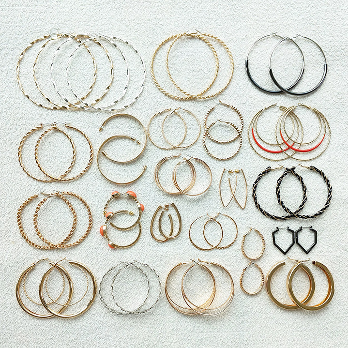 Sexy Big Hoop Earrings for Women Hot Fashion Smooth Twist Circle Round Earring Brincos Punk Hiphop Jewelry Accessory WHLYING circle