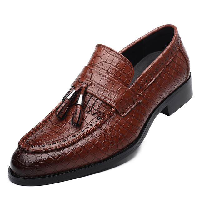 Tassel Alligator Leather Shoes Men Pointed Toe Men Shoes Casual Slip On Brown Black Wine