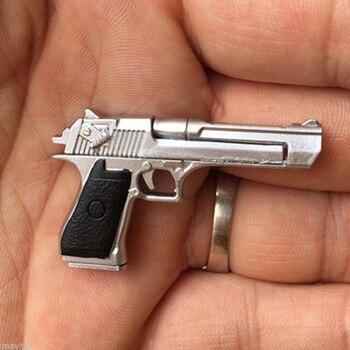 1:6 Scale Soldier Figure Gun Handgun Weapon Command Desert Eagle Pistol Model fit for 1/6 12 Action