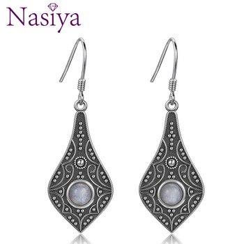 Estilo étnico 5MM piedra lunar Natural redonda 925 plata esterlina pendientes largos de la joyería de la gota para las mujeres de moda fiesta de boda