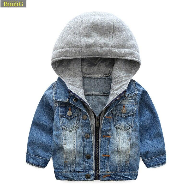 2018 Новый Демисезонный Модная курточка для маленьких мальчиков детей Костюмы Мягкая джинсовая куртка пальто на молнии с капюшоном джинсова...
