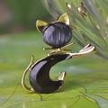 Black Jet Cat Enamel Brooch Bouquet Fine Women's Gold Jewelry Kawaii Cute Animal Booches Colar Feminino Esmalte De Unhas Broches