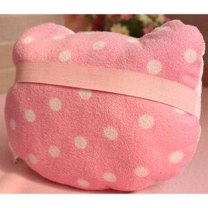 Image 5 - 2 sztuk różowy Hello Kitty poduszka do auta dziecko zagłówek samochodowy poduszka pod kark Cartoon pluszowe dzieci dziecko zagłówek samochodowy poduszka do fotela samochodowego akcesoria