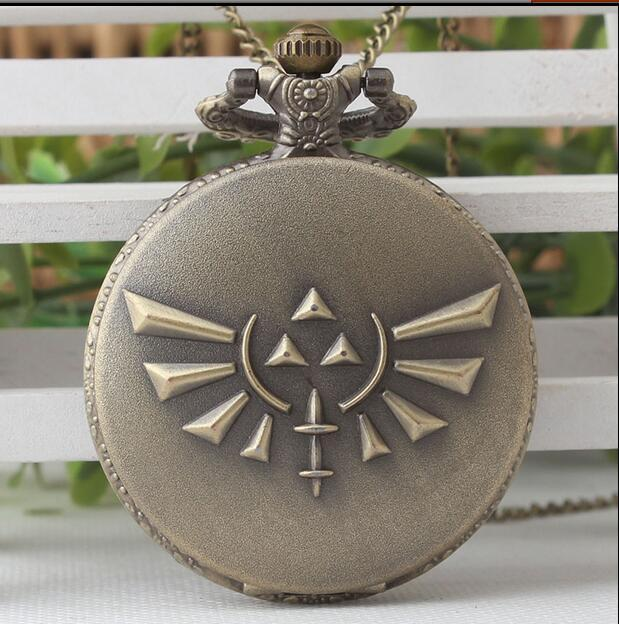 Fashion Game Legend of Zelda Bronze Quartz Pocket Watch Analog Pendant Necklace