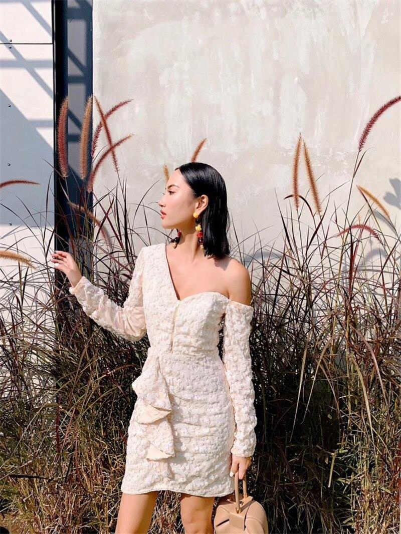 2019 nouvelle arrivée beige moulante paillettes mini robe une épaule sexy femmes robe de soirée