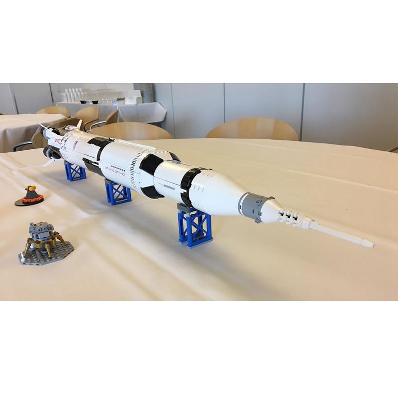Lepin 37003 1969Pcs Creative Series The Apollo Saturn V Launch Vehicle Set Children Educational Building Blocks Bricks Toy 21309 цены