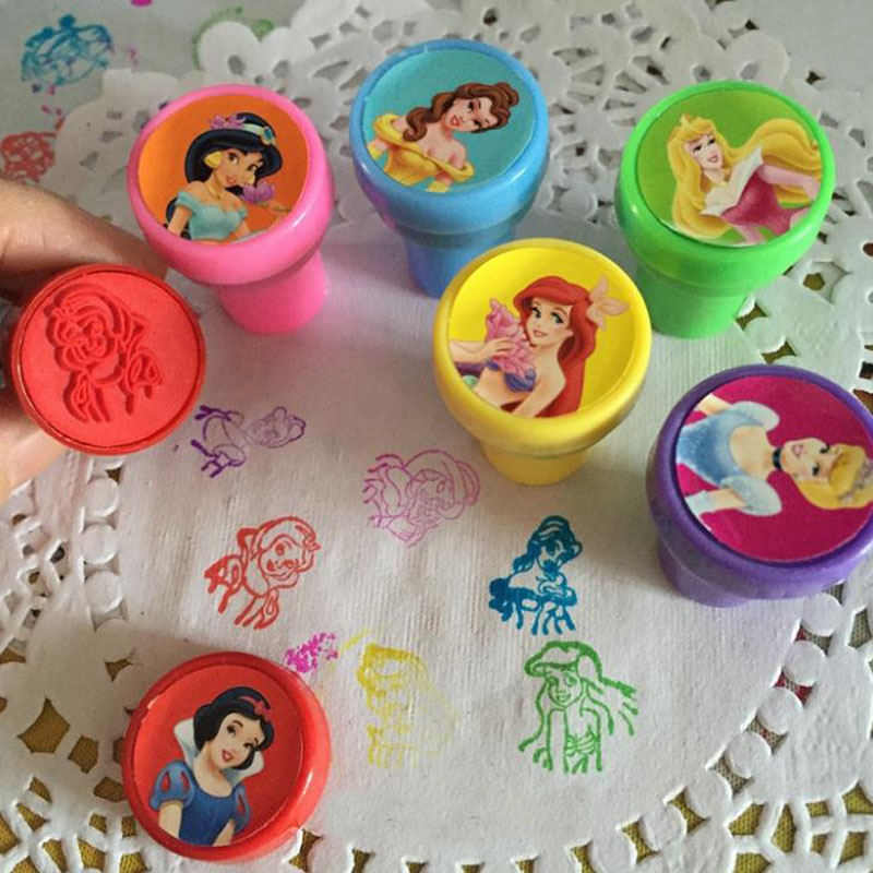 6 Pcs/set Cartoon Mini Rubber Stamp Princess Snow White Self Inking Christmas Rubber Stamps Set For Scrapbooking Gifts Toys