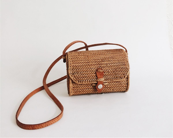 Vintage Straw Clutch Bags Small Rattan Handbags Luxury Designer Women Messenger Handmade Hand In Shoulder From Luggage On