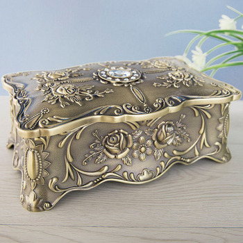 Metal Art Jewelry Storage Box