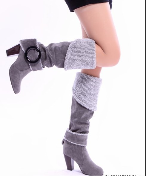 The new female boots frosted high boots thick with round head high heeled shoes ever bigger