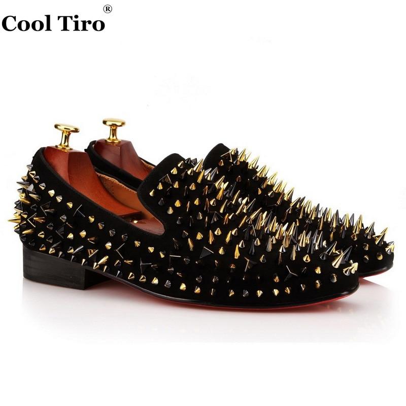 ПРОХЛАДНЫЙ ТИРО Черной замши Три цвета разное ногти Красные нижние Обувь Мода Шипы Мокасины Повседневная Квартиры Люкс мужская Обувь