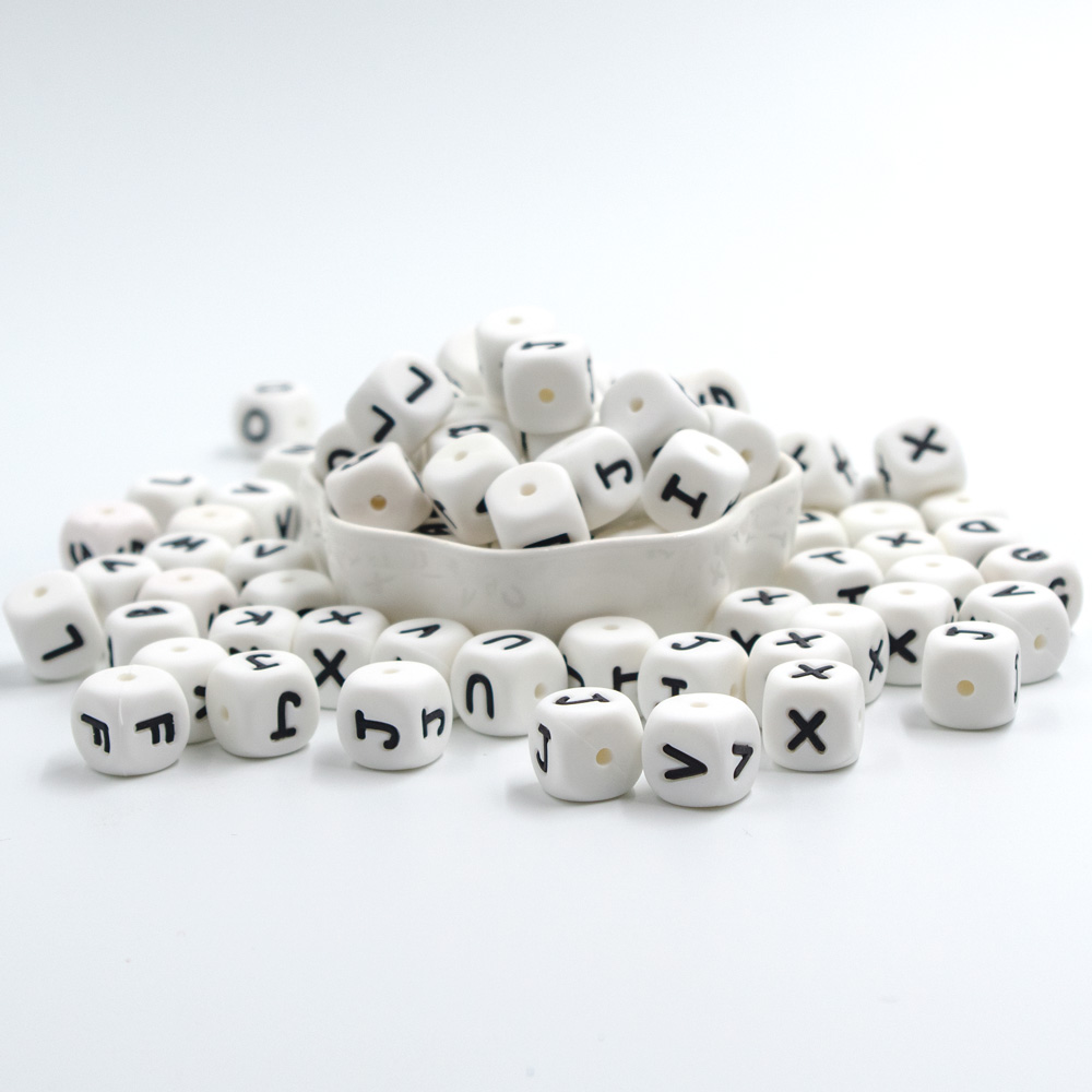 100Pcs Perle Silicone Letter Beads 12mm Baby Teething Necklace English Alphabet Letters Baby Teething Toys Silicone Kralen Beads
