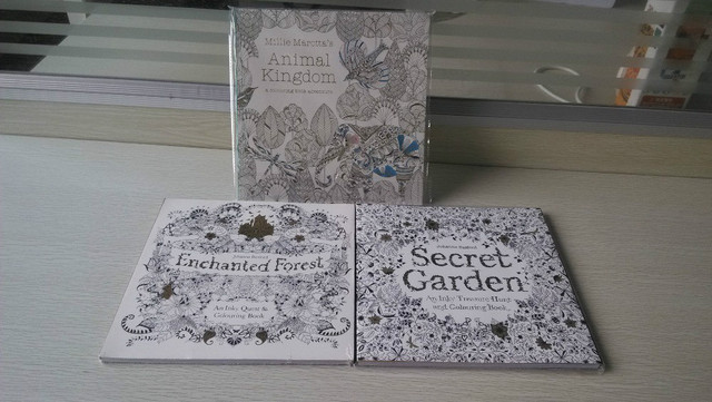 3 BOOKS LOT English Edition Secret Garden Coloring Book Animal Kingdom Enchanted